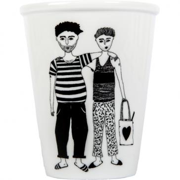 """Tasse en porcelaine """"Matti & Lennart"""" par helen b"""