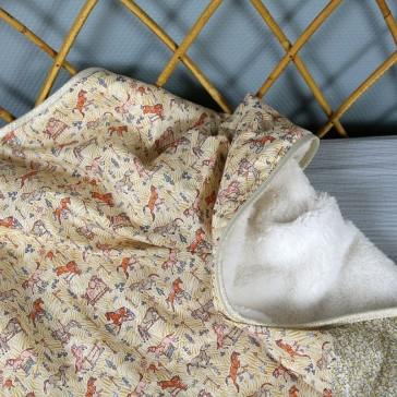 Couverture en tissu liberty et laine polaire pour bébé par Barnabé aime le café