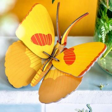 """Décoration murale à assembler en papillon jaune """"Yellow Butterfly"""" par studio ROOF"""