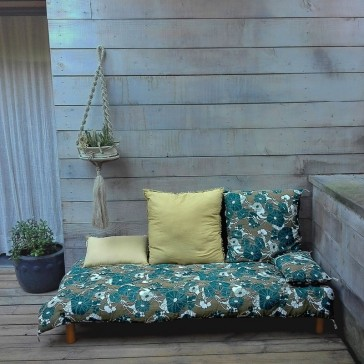 Ensemble de la gamme à grosses fleurs vert-bleu de Golden Threads Design