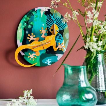 Décoration d'un gecko à accrocher au mur par la marque studio ROOF