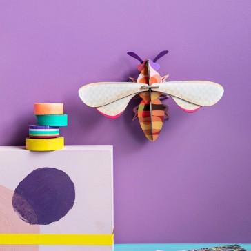 Honey Bee, insecte pour décorer son intérieur par studio ROOF
