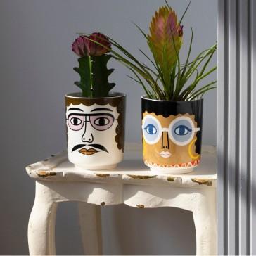 Pots en céramique pour une fleur ou des stylos, modèles Pablo et Gloria par Kitsch Kitchen