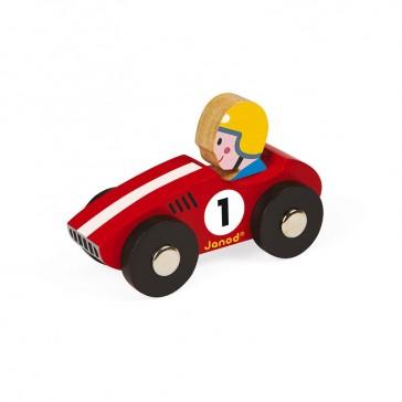 Petit jouet en forme de voiture rouge en bois pour enfant par Janod