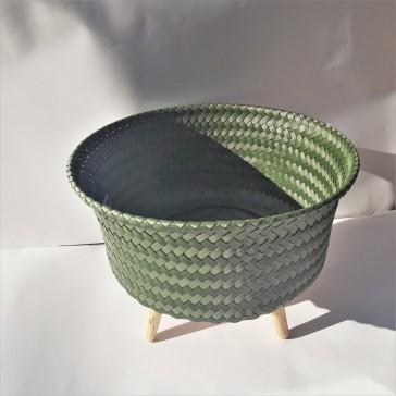 Pot pour plante en plastique recyclé par Handed by