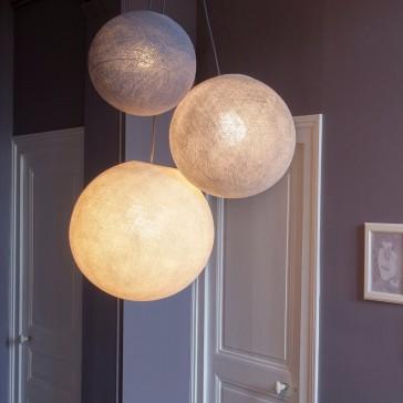 Combinaison de grands globes La Case de Cousin Paul dont la suspension de couleur dragée