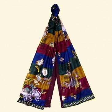 Etole en soie à motifs à dominante violette par La Fiancée du Mékong