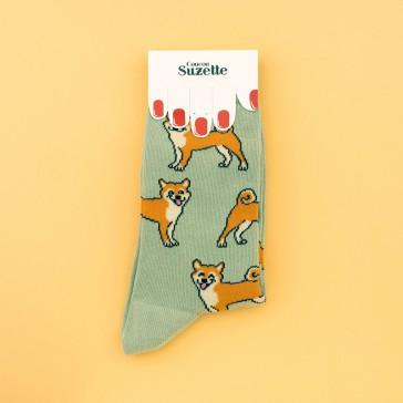 Chaussettes à figures de chiens Shiba par Coucou Suzette