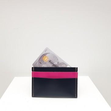 Porte-cartes en cuirs noir et rose fuchsia par Bandit Manchot