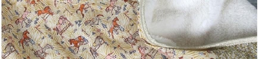Couvertures et plaids pour réchauffer et rassurer votre enfant